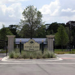 Airport Lakes Park