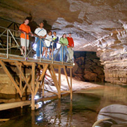 American Cave Museum and Hidden River Cave