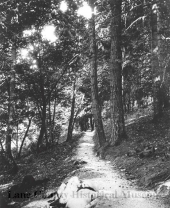 The Spencer Butte trail in 1915, courtesy of the Lane County Historical Museum.